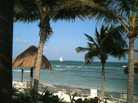 Secrets Silversands Riviera Cancun : A beautiful beach.