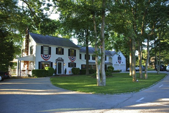 The Doubleday Inn: A Welcoming Inn