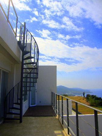 Ocean Paradise Resort: Ladder to the rooftop