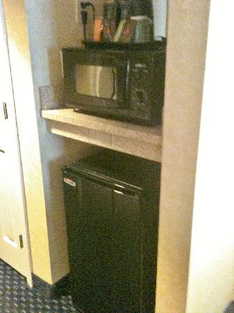 ‪وينجيت باي ويندهام - جرينفيل - إيربورت: Microwave and refrigerator available‬