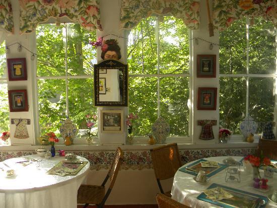 Clipper Merchant Tea House: THE CHINA ROOM