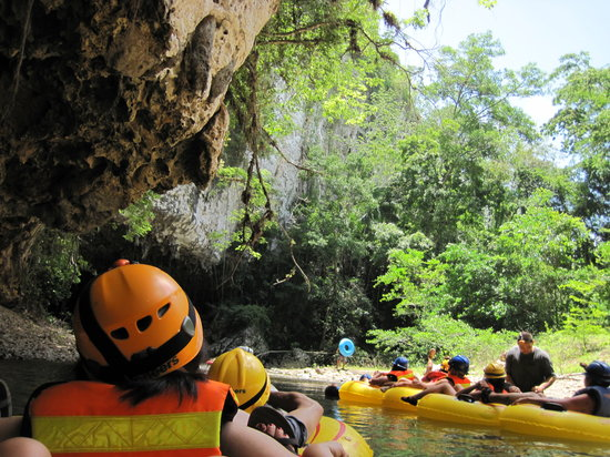 Cave Tubing.Bz : bring a waterproof camera and sunscreen