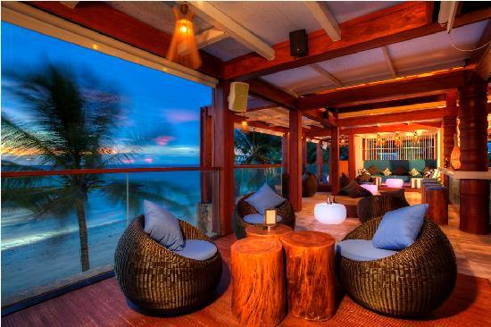 Natai Beach Resort & Spa, Phang-nga: Firefly bar