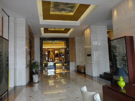 Ocean Hotel Shanghai: Bedroom