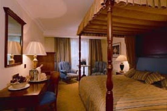 Best Western Plus Birmingham NEC Meriden Manor Hotel: Manor Hotel