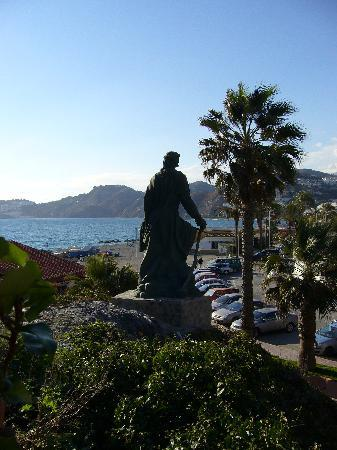 Almunecar, İspanya: PUEBLO CON HISTORIA