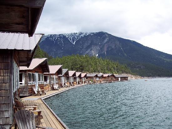 Ross Lake National Recreation Area : Cabins at Ross Lake Resort