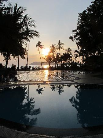 The Frangipani Langkawi Resort & Spa: sunset over the pool