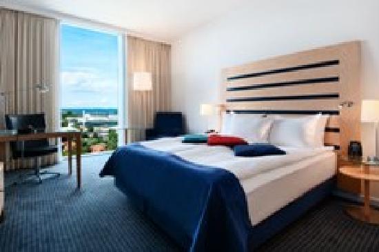 Clarion Hotel Copenhagen Airport: Hilton Guest Room