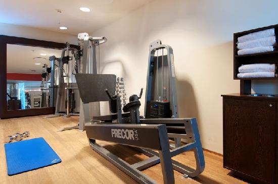 Clarion Hotel Copenhagen Airport: Fitness room by Precor