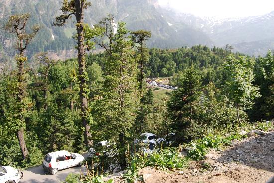 Manali Heights: Never made it to the Pass even after 6 hrs