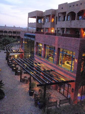 Apartamentos Pierre & Vacances Estepona: Abendstimmung Blick aus unserem Fenster