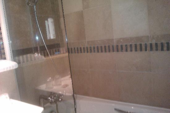Hotel Art Déco : Salle de bains 504