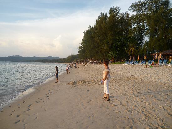 ซันวิง บางเทา บีช: Bang Tao Beach
