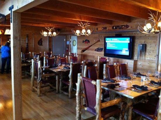 Dove Island Lodge: Dining Room