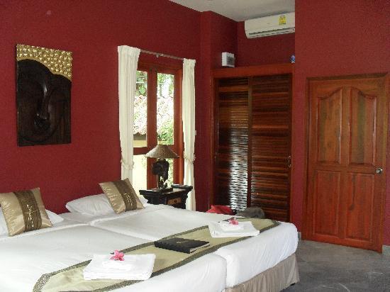Oriental Kwai Resort: la habitacion