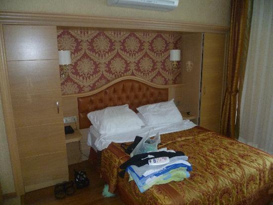 Hotel Emre: room in emre beach