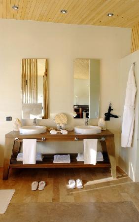 إكسبلورا أتاكاما - شامل جميع الخدمات: Bathroom - Suite