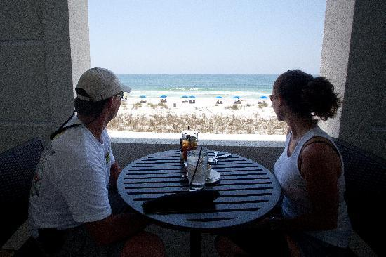 Frank and Lola Love Pensacola Cafe: View from the outdoor patio