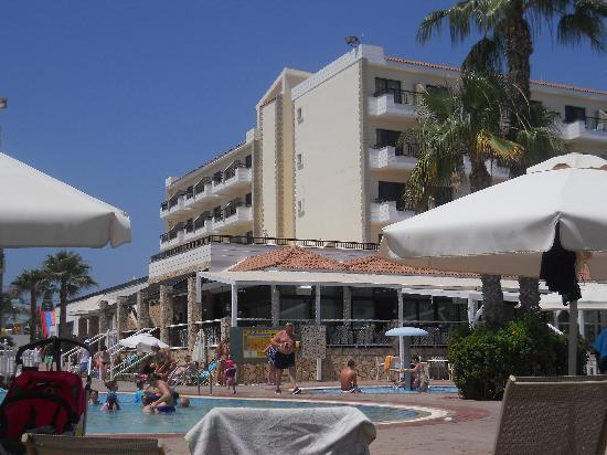 Anastasia Beach Hotel : Beside the Pool