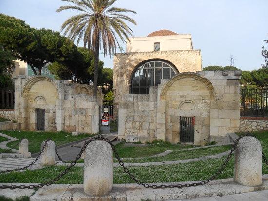 Cagliari, Italy: chiesa