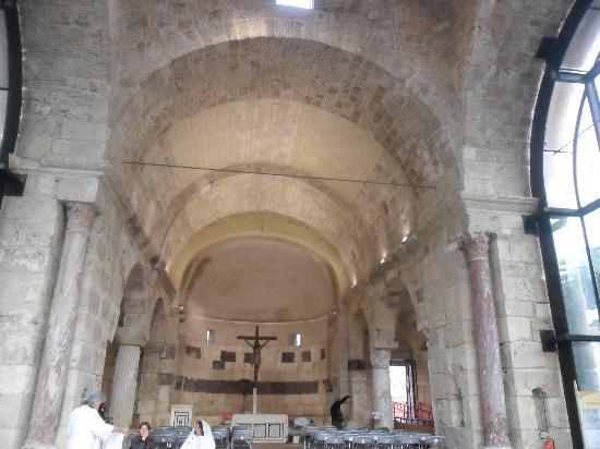 Basilica di San Saturnino: chiesa