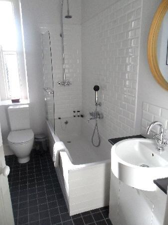 Liss Ard Estate: Bathroom