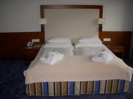 Rilano Resort Steinplatte: Komfortzimmer: Doppelbett