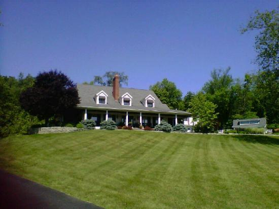 The Welsh Hills Inn Bed & Breakfast - Granville, OH