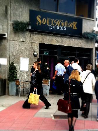 Southwark Rooms: Rush hour