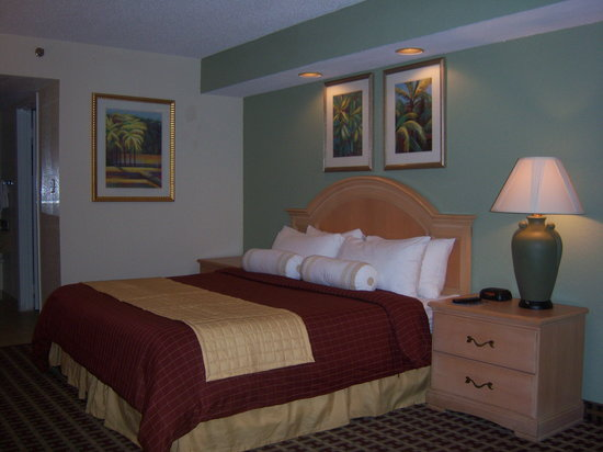 Orlando Metropolitan Resort: Renovated King Room
