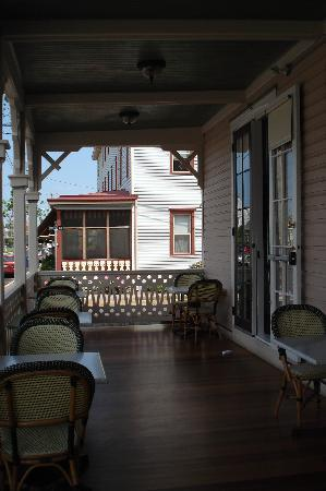 Hotel Alcott: On the veranda, they have tables where you can relax and eat breakfast or dinner.