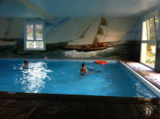 Deauville, France : Pool