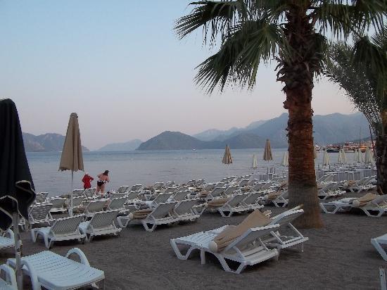 Grand Paşa Hotel: marmaris beach