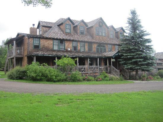 Hotel Mountain Brook: The Main Lodge