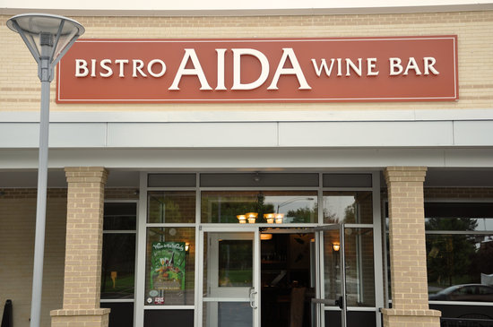 ‪Aida Bistro & Wine Bar‬