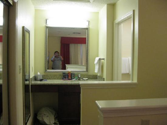 Residence Inn Boca Raton: Upstairs batheroom