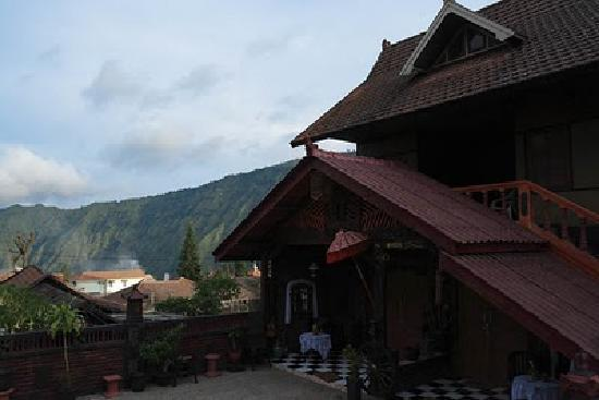 Yoschi's Hotel in Mountain Bromo : Yoschi's Guesthouse