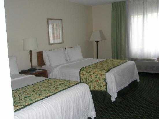Fairfield Inn Bozeman: Beds
