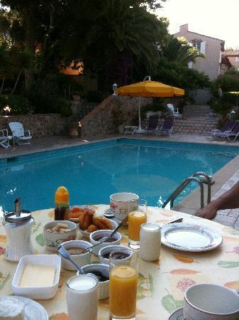 Hotel Escapade : petit dejeuner