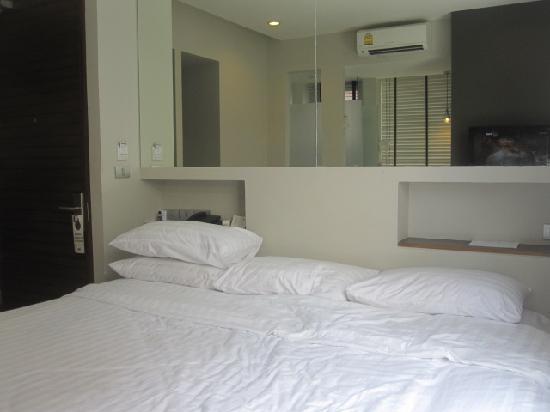Metz Pratunam: Big Bed