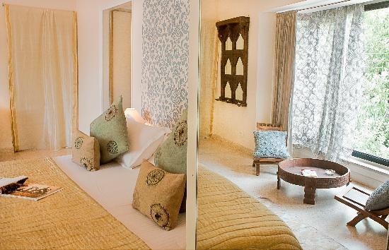 Amarya Villa: Pearl Guestroom
