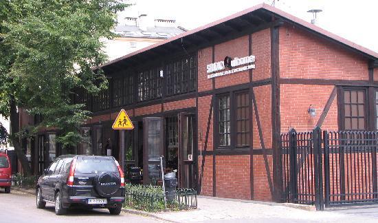 Studio Qulinarne: Converted garage