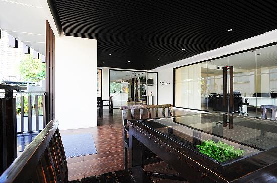Baan K Residence by Bliston: Lobby Area