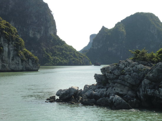Hanoi Urban Adventures: So beautiful and relaxing...Halong Bay is a breath of fresh air.