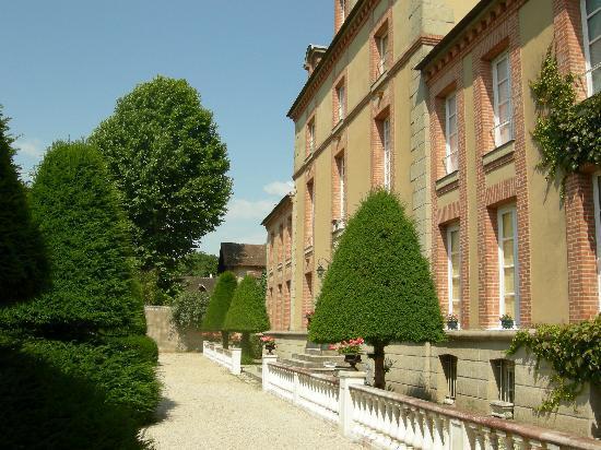 Chateau de Rouillon: La vie de Château !!