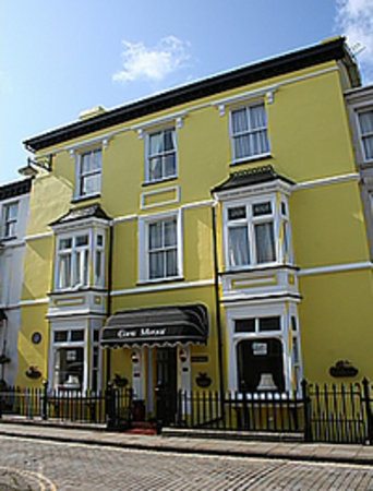 Caer Menai Guest House / Bed and Breakfast