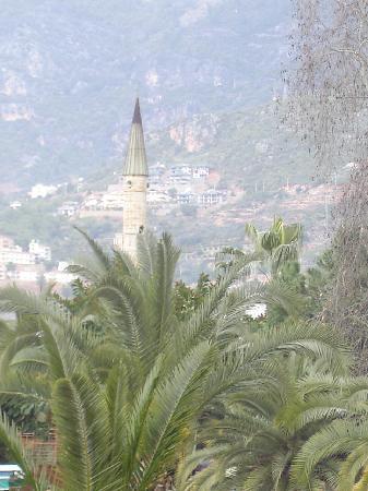 Blick auf die Moschee Alanyas