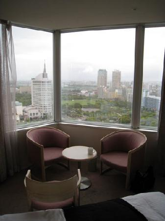 APA Hotel & Resort Tokyo Bay Makuhari: 23階のデラックスツイン