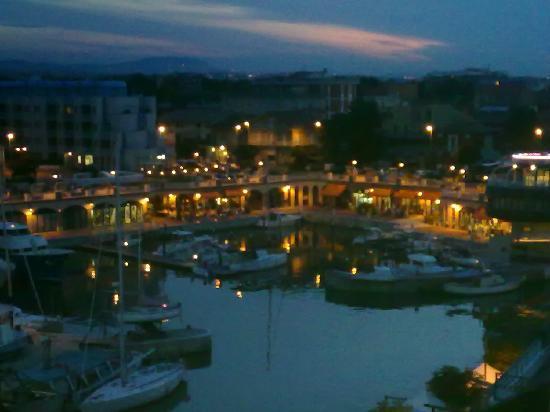 Hotel Majorca : Vista panoramica dalla terrazza dell'hotel